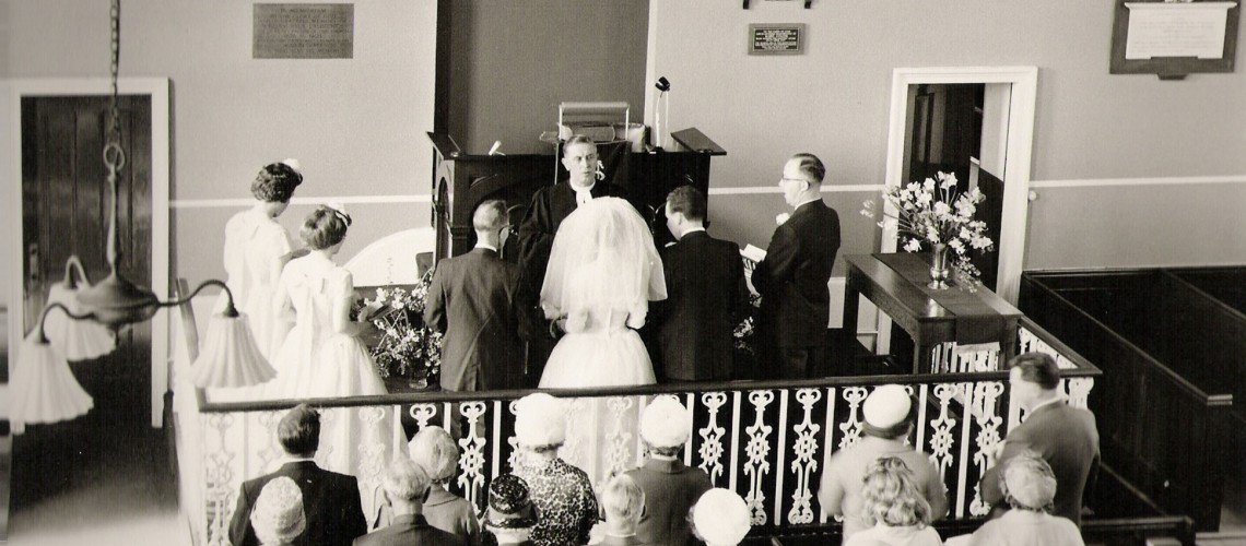 Graham & Maureen's wedding c.1962 Please note the lighting installed in 1928, the railing around the rostrum and the choir stalls (All later removed).